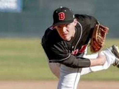 Staumont NCAA  Pitcher of the Year