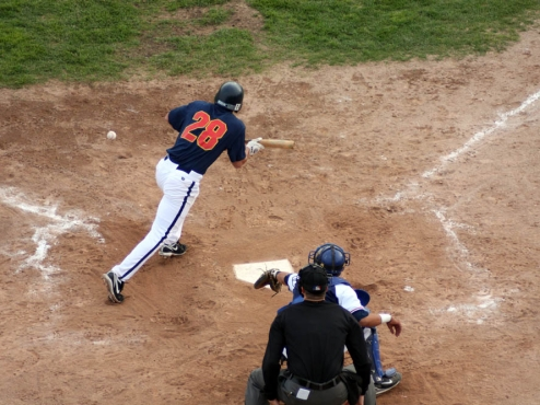 Goldpanners sweep Pilots in DH: 8-1, 7-2